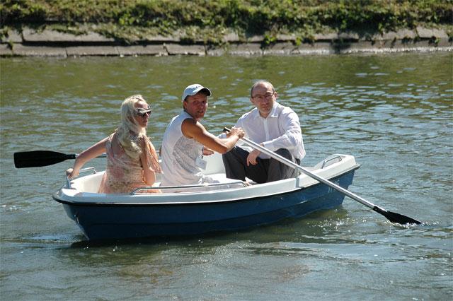 лодка на прокат прибрежный