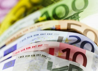 Курс евро на 24.12 2012