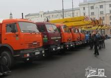 Спецтехника на площади Конституции Харьков