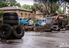 заброшенная барикада сепаратистов  в городе
