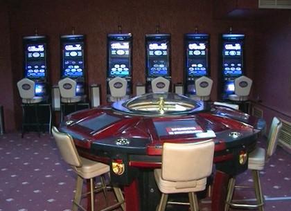 Интернет казино в харькове аппараты игровые купить