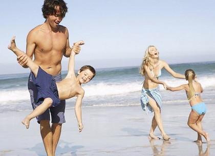 Вся семья голая фото