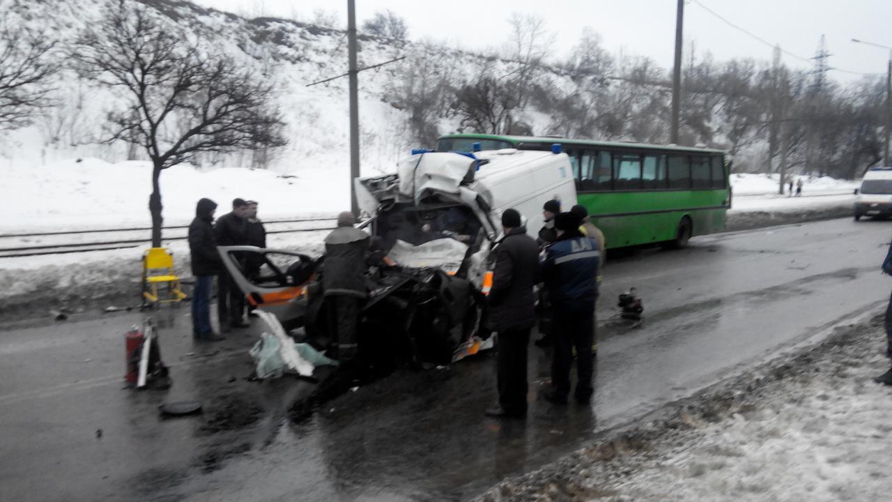 Водитель скорой помощи умер за рулем и забрал с собой несколько жизней (ФОТО, ВИДЕО)