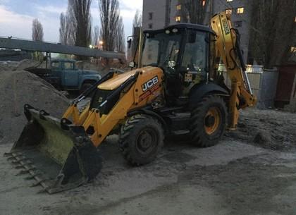 """В Харькове работали """"левые"""" строители и врачи (ФОТО)"""