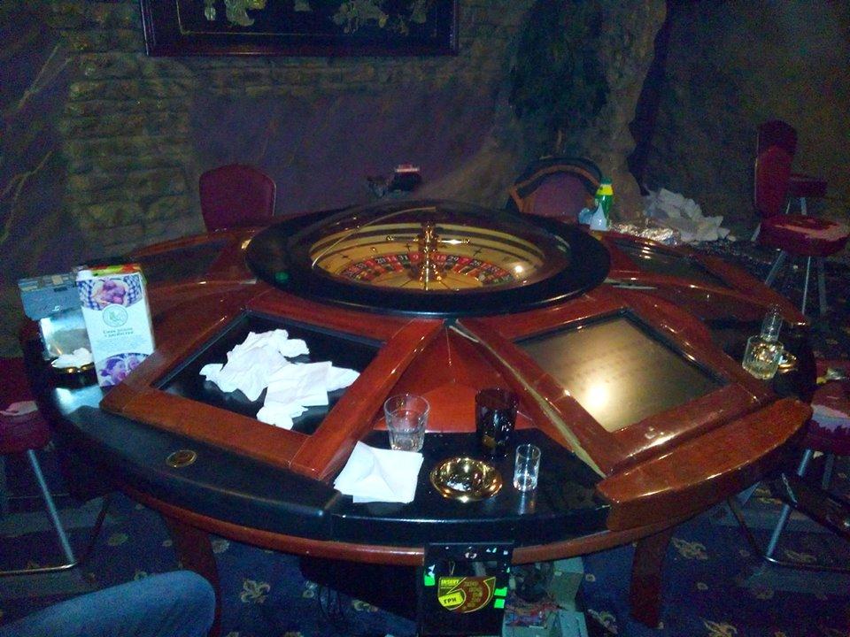 Черный список харьков казино игровые автоматы с билетами