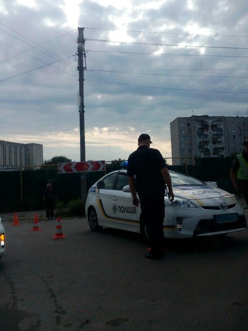 Из-за учебной мины перекрыта улица Москалевская