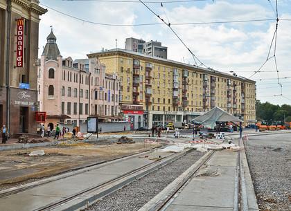 На Павловской площади продолжается реконструкция