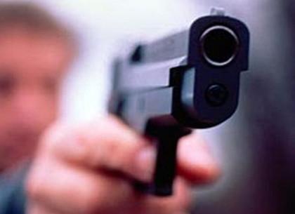 ВХарькове 23-летнему парню выстрелили взатылок