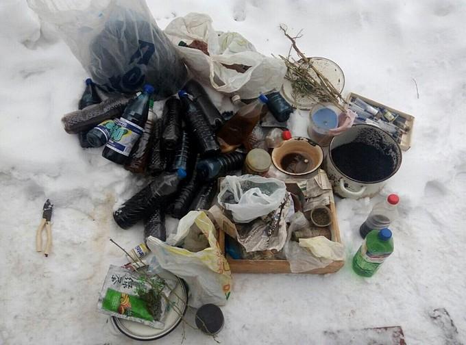 В Харьковской области мужчины изготавливали наркотики у себя дома (ФОТО)