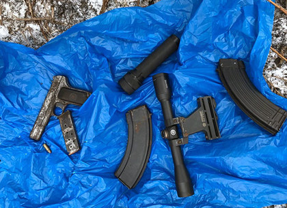 Двое донетчан пошли на заказное убийство за восемь тысяч ...: http://dozor.kharkov.ua/news/crime/1182926.html