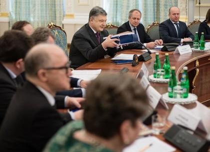 Президент порекомендовал Раде принять законодательный проект осоздании Верховного суда