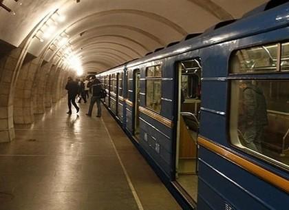 Милиция украинской столицы, Харькова иДнепра перешла наусиленный режим работы