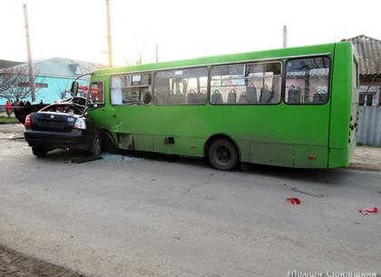 ВБалаклее пассажирский автобус попал вДТП, есть жертвы: появились фото