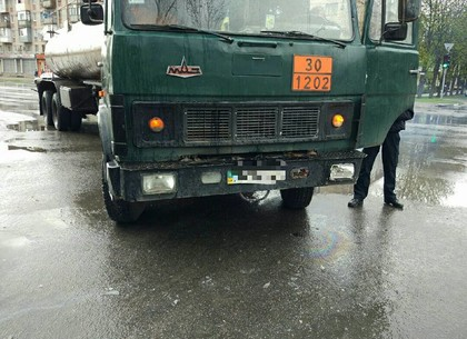 Не уступил дорогу: Столкнулись автомобили (ФОТО)