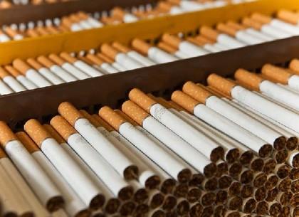 УГройсмана хотят отменить минимальные цены насигареты