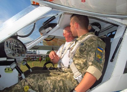 Харьковские студенты взлетели на отечественных самолетах