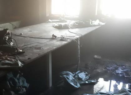В Харькове горел производственный цех, пострадал 12-летний ребенок