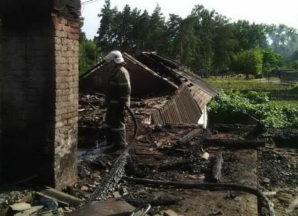 В Богодуховском районе тушили масштабный пожар