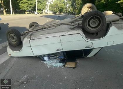 Утром в Харькове столкнулись автомобили. Есть пострадавшие