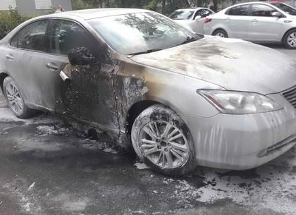 'Охота' на Lexus: на Харьковщине два поджога за день