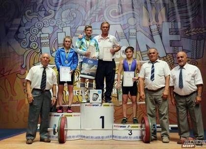 Харьковские тяжелоатлетки завоевали 4 медали чемпионата Украины