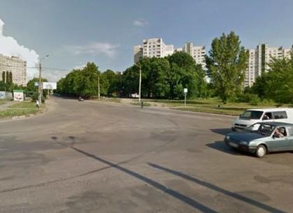 На Северной Салтовке закроют полосу движения на оживленном перекрестке