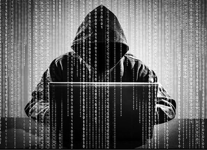 ВХарькове задержали хакера, который подглядывал через веб-камеры залюдьми