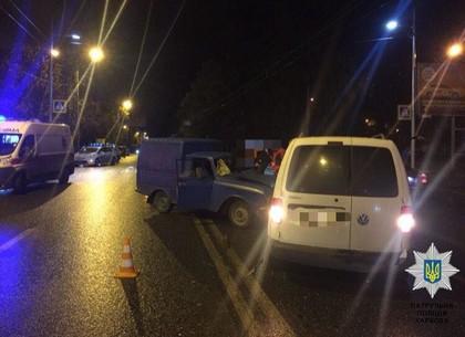 Шофёр Хонда сбил пешеходов сдетьми напереходе вХимках