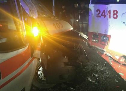 Пламенный рейс: вХарькове находу зажегся троллейбус спассажирами