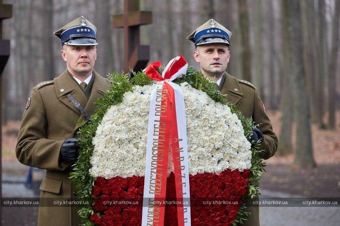 эти перезахоронения советских солдат в польше Дакайн отводит влагу