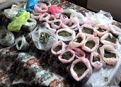 ВВологодской области задержали наркомана спартией марихуаны