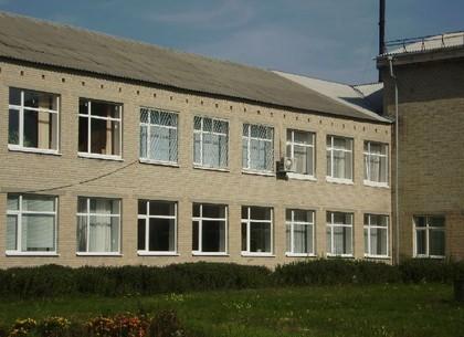 НаХарьковщине около школы отыскали снаряд. Эвакуировали 350 воспитанников