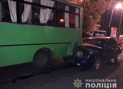 Пять человек пострадали в ДТП с маршруткой: подробности от полиции