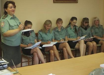 В харьковской женской тюрьме сотрудников проверили на стресс
