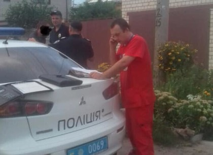 В Харькове бригаду скорой спасали от пациента с ножом