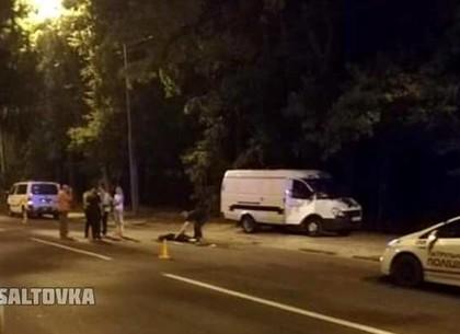 Ночью на Павловом Поле нашли труп мужчины: полиция выясняет личность пострадавшего