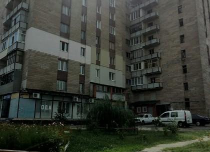 На Баварии сгорела квартира в девятиэтажке
