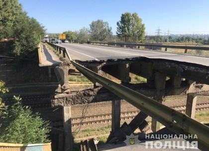 Ремонт разрушенного моста в ближнем пригороде начнется уже завтра, но пробки из-за ремонта исчезнут не скоро