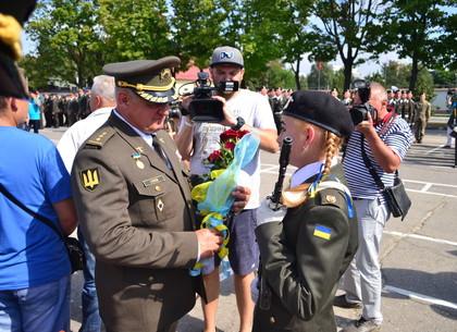 Харьковские танкистки сдали часть нормативов лучше курсантов-парней