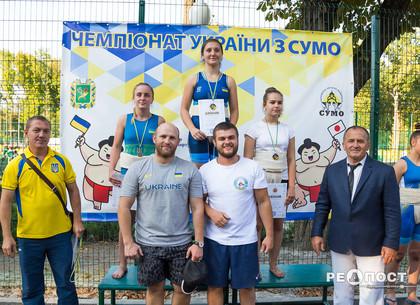 Награда чемпионата по сумо осталась в Харькове
