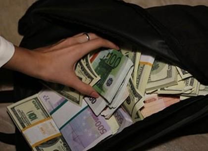 На Салтовке предпринимателя иностранца ограбили на огромную сумму