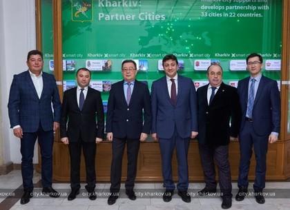 Харьков будет развивать сотрудничество с Казахстаном и Азербайджаном