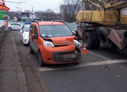 ДТП на Алексеевке устроило большую утреннюю пробку