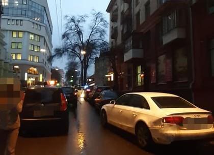 Водитель под кайфом устроил в ДТП в центре Харькова