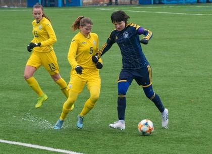 Национальная девичья сборная Украины до 17 лет разгромно «всухую» проиграла команде харьковчанок