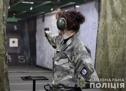 В Харькове схлестнулись лучшие стрелки среди женщин-полицейских (ФОТО, ВИДЕО)