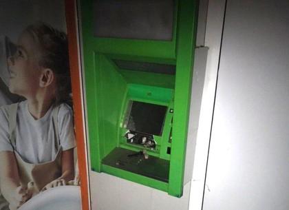 Взрыв банкомата: полиция открыла уголовное дело