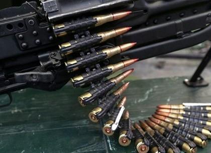 Бойца спецназа СБУ, продававшего оружие харьковчанам, арестовали с залогом в 170 тысяч гривен