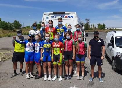 Харьковские велосипедисты остановились в шаге от лидерства в чемпионата Украины