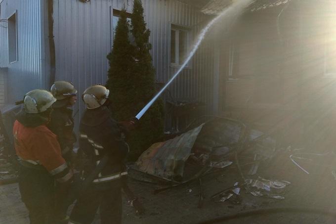 Пожар в швейном цехе на Салтовке тушили 10 часов (ВИДЕО, ФОТО) - РЕДПОСТ